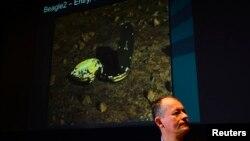 1月16日,英国宇航署负责人戴维•帕克在伦敦参加小猎犬2号的新闻发布会。
