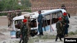 درحمله انتحاری دوتن از منسوبین اردوی ملی کشته شدند