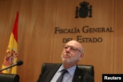 Spain's Attorney General Jose Manuel Maza prepares to deliver a statement at State Prosecutor office in Madrid, Spain, Oct. 30, 2017.