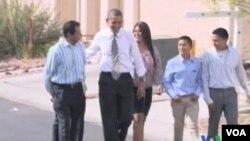 El presidente Obama fue recibido en Las Vegas por la familia hispana de José y Lissette Bonilla y sus hijos.