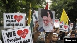 穆斯林在美國駐泰國大使館外抗議(資料圖片)