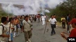 Violencia en las calles de Perú