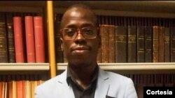 Tiago Quissua Armando, psicólogo clínico e professor na faculdade de Ciências Humanas da UCAN