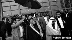 ملک عبدالله در سال ۱۳۷۶ که ولیعهد عربستان بود به ایران سفر کرد
