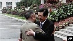 今年8月27日胡锦涛在长春会见金正日