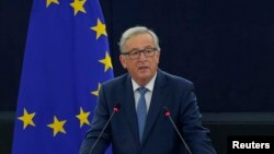 Chủ tịch Ủy ban châu Âu Jean-Claude Juncker phát biểu tại Nghị viện châu Âu trong một cuộc tranh luận về một Nhà nước của Liên minh châu Âu tại Strasbourg, Pháp, ngày 14 tháng 09 năm 2016.