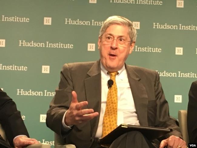 道格拉斯·費斯, 哈德遜研究所國家安全戰略中心主任(美國之音鐘辰芳拍攝)