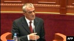 Shqipëri: Shumica dhe opozita këmbejnë replika mbi angazhimin në procesin e integrimit
