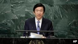 윤병세 한국 외교장관이 22일 뉴욕 유엔본부에서 열린 71차 유엔총회에서 기조연설을 하고 있다.