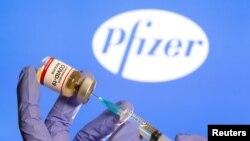 Vaccine COVID-19 của Pfizer.