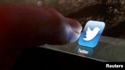 Twitter intenta expandir sus servicios para sus más de 200 millones de usuarios mensuales.