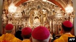 Các nhà thần học Công giáo nói rằng phụ nữ nên được cho phép vào giáo hội