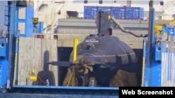Tư liệu- Chiếc tàu ngầm lớp Kilo thứ 5 mà Việt Nam mua của Nga đang rời một bến cảng của Đan Mạch.
