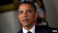 Barack Obama, y su homólogo filipino, Benigno Aquino, fueron fotografiados durante una reunión de líderes.