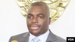 Edson Macuácua, deputado e antigo porta-voz da Presidência de Moçambique