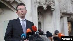 Bộ trưởng Tư pháp Jeremy Wright phát biểu bên ngoài Tòa án Tối cao sau phán quyết của toà rằng quốc hội phải là nơi phê duyệt các kế hoạch khởi động tiến trình Brexit, 24/1/2017.