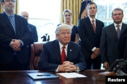 Prezident va metal sanoati egalari
