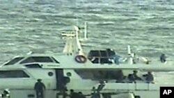 以色列軍隊在國際水域攔截了活動分子的兩艘船隻。