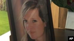 Una fotografía de Ann-Laure Decadt muestra a la ciudadana belga de 31 años, madre de un niño de tres años y otro de tres meses, que pereció en el ataque terrorista en la ciclovía junto al río Hudson en Nueva York, el día de Halloween.
