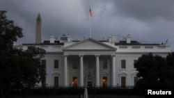 Gedung Putih di pagi hari, 1 Oktober 2020. (Foto: Reuters)