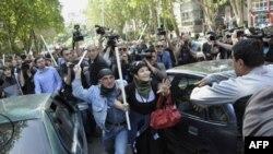 Митинг сторонников грузинской оппозиции с требованием отставки президента Михаила Саакашвили в Тбилиси, Грузия, 22 май 2011г.