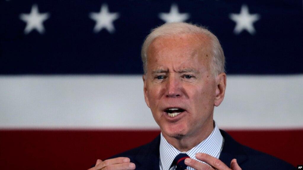 Joe Biden vazhdon fushatën mes debateve për shkarkimin e Presidentit