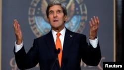 El secretario de Estado piensa que un eventual acuerdo con Irán sería seguro para Israel.