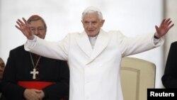 Papa Benedicto XVI reconoce la devastación y se solidariza con las víctimas en EE.UU.