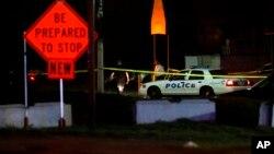 Varios agentes que trabajaban como personal de seguridad en la discoteca efectuaron maniobras de primeros auxilios e intentaron reanimar al fallecido.