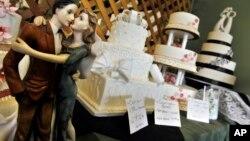 L'affaire opposent la boulangerie, nommée Masterpiece Cakeshop, et le Comité des droits civiques de l'Etat du Colorado.
