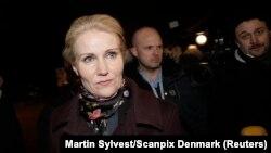 Danimarka Başbakanı Helle Thorning-Schmidt saldırı bölgesinde inceleme yaparken