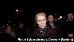 Perdana Menteri Denmark Helle Thorning-Schmidt mengunjungi lokasi penembakan di Copenhagen 14 Februari 2015.