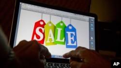 Este año por primera vez las ventas en internet se realizarán más a través de teléfonos inteligentes y tables que a través de la computadoras de escritorio.