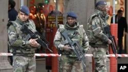 An ninh đã được tang cường tại nhiều nơi ở châu Âu sau các cuộc tấn công tại 3 lục địa trong tuần qua.
