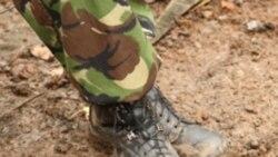 وزير دفاع بريتانيا: برنامه کاهش اساسی نيروهای نظامی کشور اجرا خواهد شد