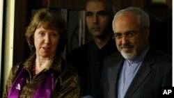 Кэтрин Эштон и Мохаммед Джавад Зариф. Женева. Швейцария. 10 ноября 2013 г.