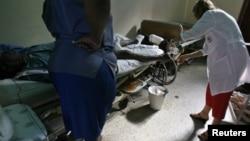 Las autoridades reconocieron hace apenas cinco días la existencia del brote de cólera en el extremo oriental de Cuba.