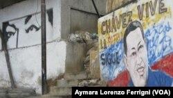 Luego de un año y ocho meses de fallecido, Hugo Chávez continúa siendo la base de la llamada revolución.