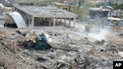 敘利亞官方發佈的圖片顯示﹐遭以色列空襲的大馬士革地區損毀嚴重。