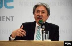 香港特首選舉參選人曾俊華。(美國之音湯惠芸攝)