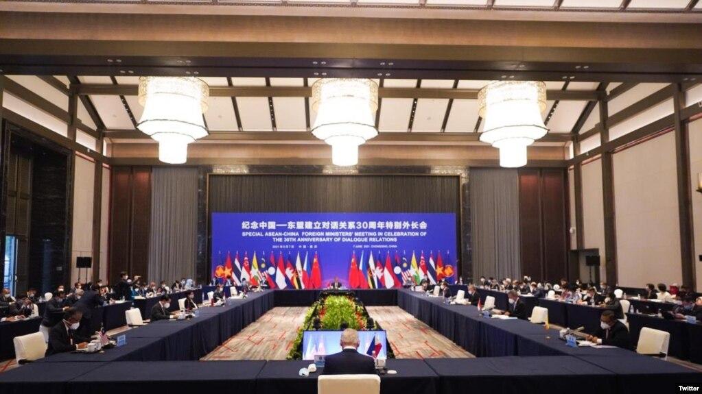 中国-东盟建立对话关系30周年特别外长会议6月7日和8日在中国重庆举行。(photo:VOA)