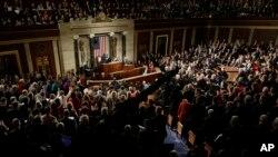 Presiden Obama saat menyampaikan pidato kenegaraan (State of The Union) di gedung Capitol, Washington DC (20/1).