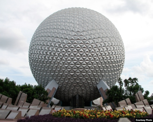 Spaceship Earth tại Disney World. (Hình: Katie Rommel-Esham/Wikimedia/CC BY-SA 3.0 us)