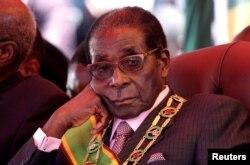 95세를 일기로 사망한 로버트 무가베 전 짐바브웨 대통령.