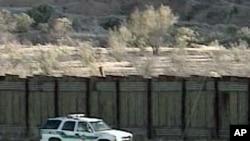 US Border Patrol vehicle along the US-Mexico border (undated photo)