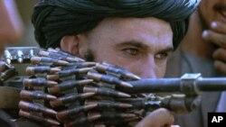 پرائیویٹ افغان سیکورٹی اداروں کے طالبان سے رابطوں کا انکشاف