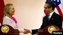 Хиллари Клинтон и Марти Наталегава