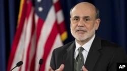 Gubernur Bank Sentral AS atau Federal Reserve, Ben Bernanke mengumumkan stimulus baru dalam upaya mendongkrak ekonomi Amerika, Kamis (13/9).