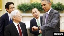 Tổng bí thư Nguyễn Phú Trọng và Tổng thống Mỹ Barack Obama trong chuyến thăm Mỹ năm 2015.
