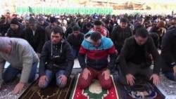 Moscow's Muslim Community Defined by Street Prayers, Pogroms